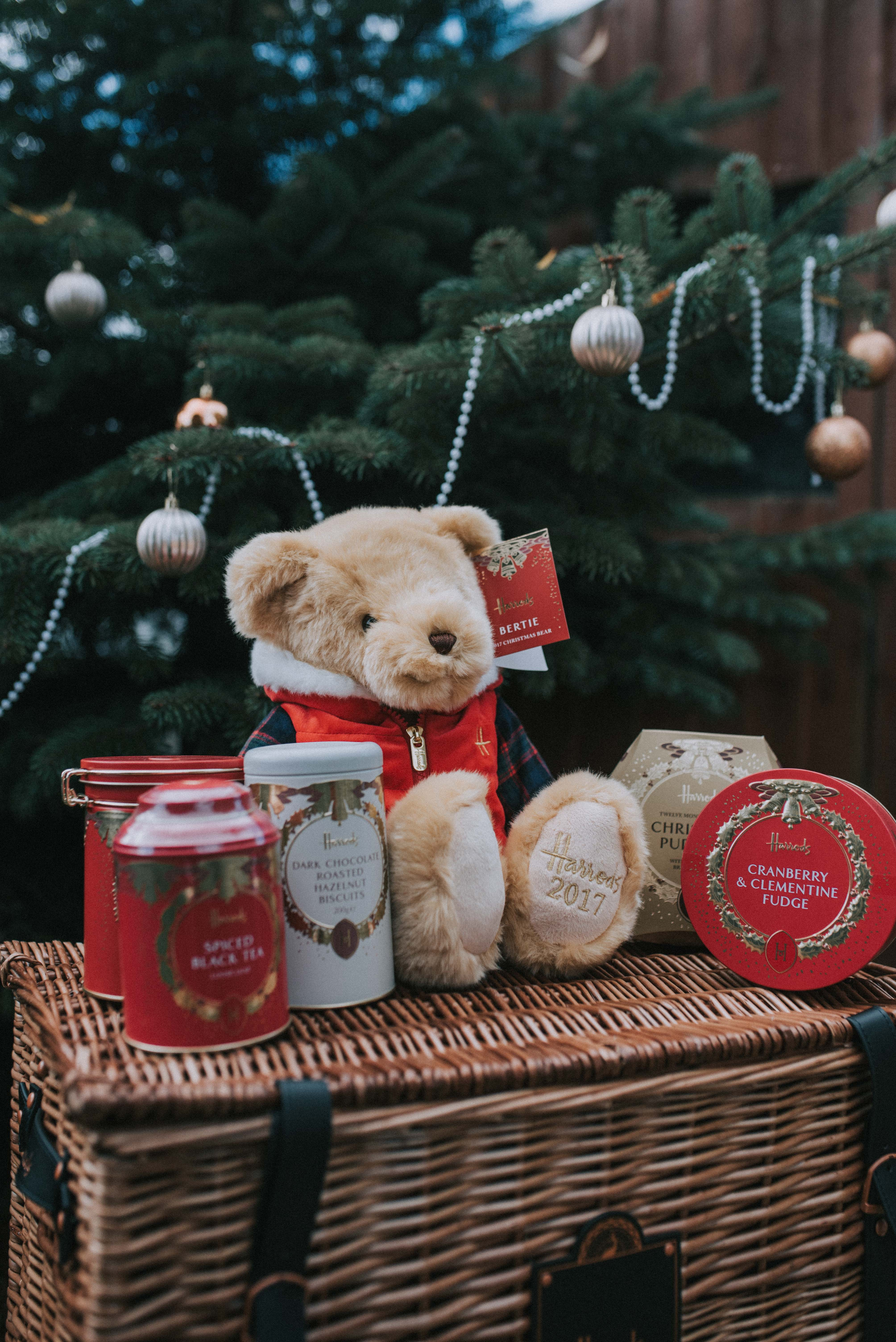 Harrods Christmas Hamper Review